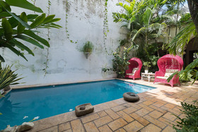 Casa Kubik by Nomad Guru