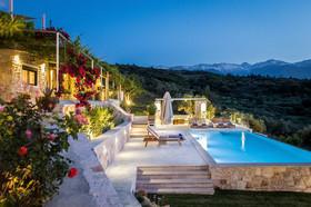 Aoria Estate Boutique Villa