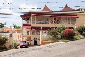 Gibbs Chateau