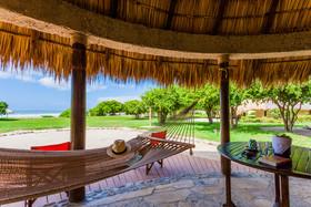 Hotel Punta Teonoste