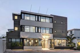 Tropica Beach Hotel