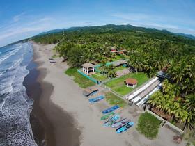 Azul Surf Club