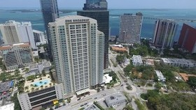 One Broadway by Miami Vacations