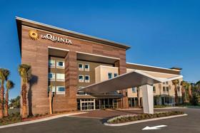 La Quinta Inn & Suites by Wyndham Orlando IDrive Theme Parks