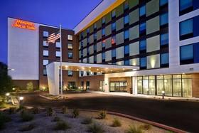 Hampton Inn & Suites Las Vegas Convention Center