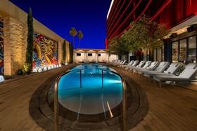 Lucky Dragon Hotel & Casino