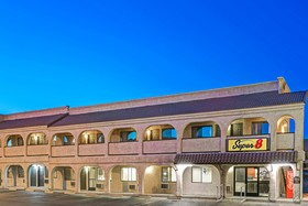 Super 8 Motel - Las Vegas Nellis AFB Area